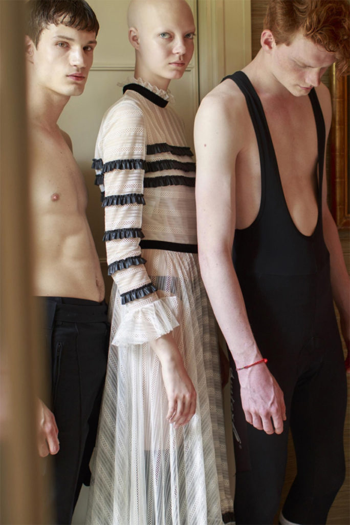 behind the blinds photographer Aline & Jacqueline Tappia styling Alba Melendo editorial