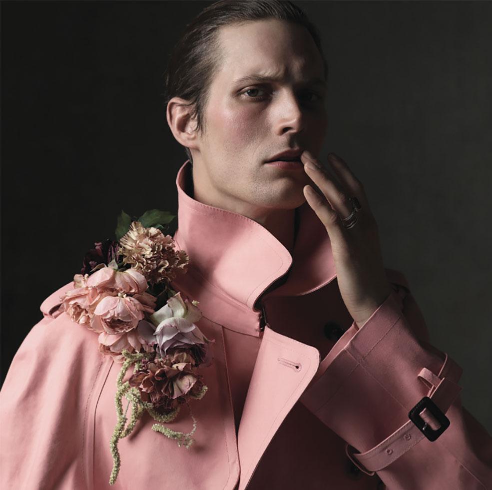 Les Echos photographer Nicolas Valois Make-up Hugo Villard