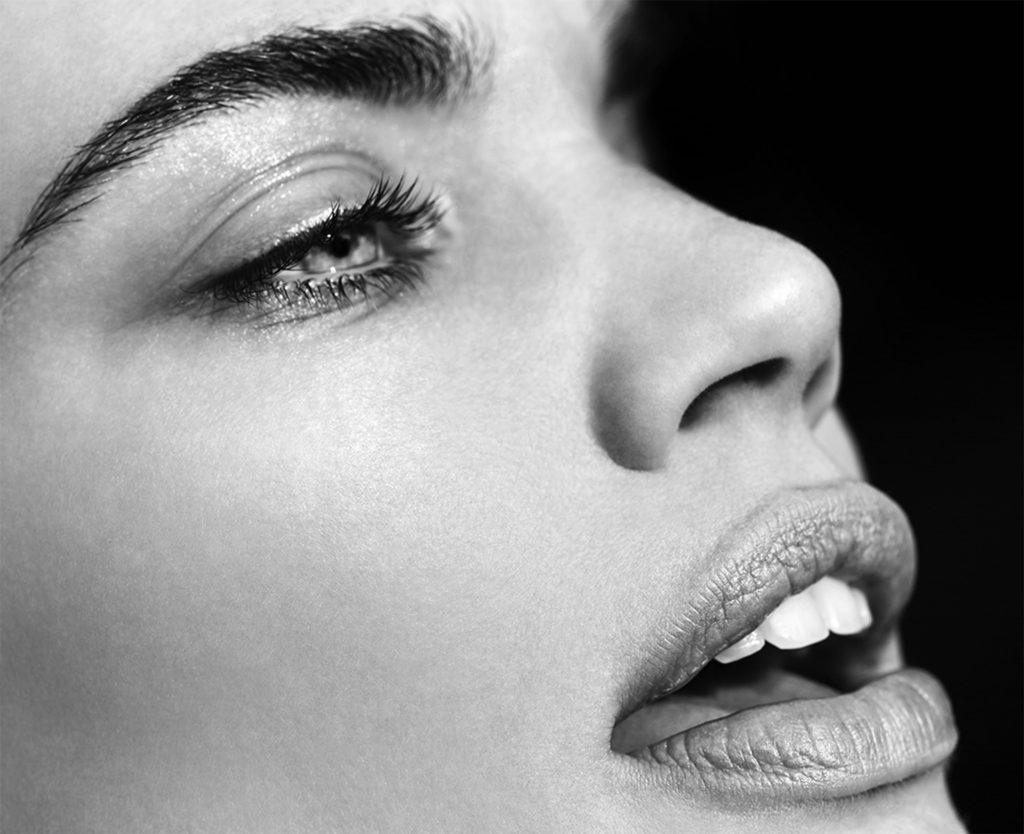 The profile magazine photographer Philip Riches make-up Hugo Villard