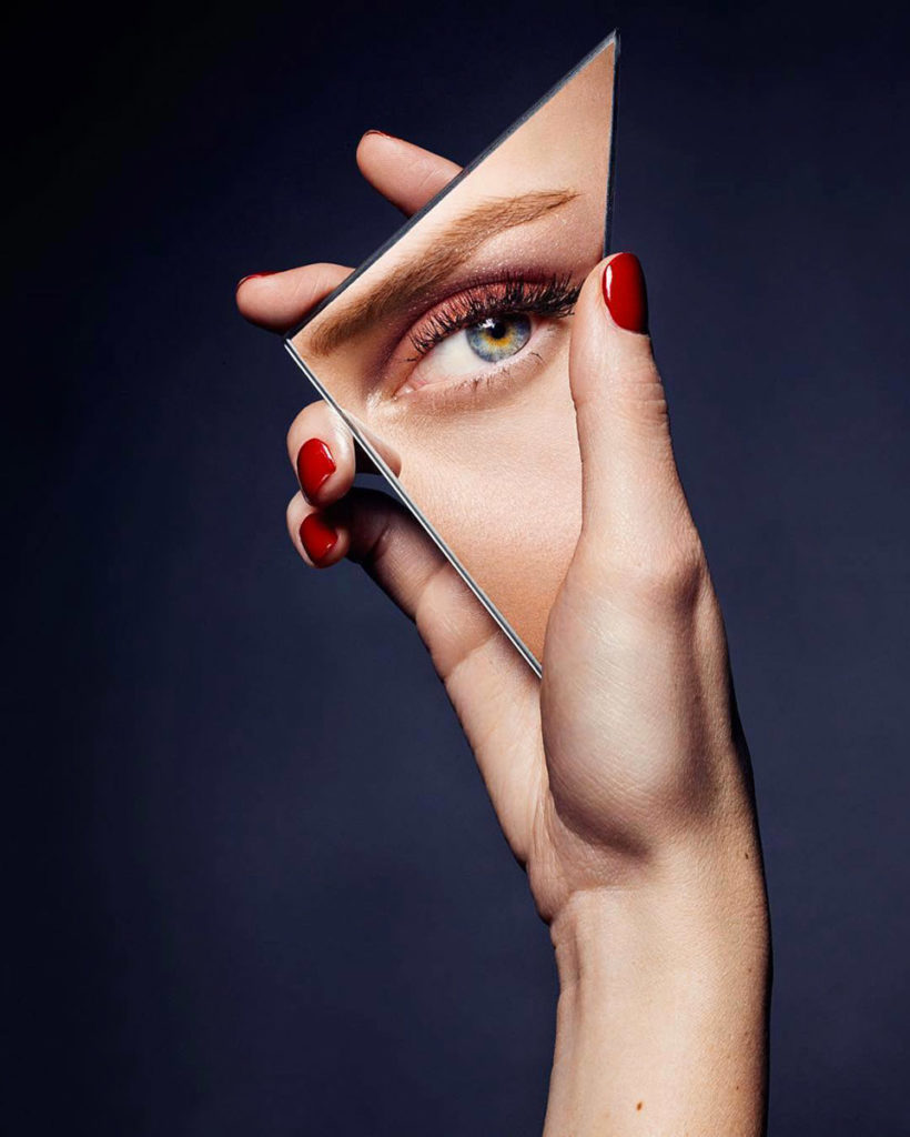 Glamour Photo by Baard Lunde manicure Carlotta Saettone