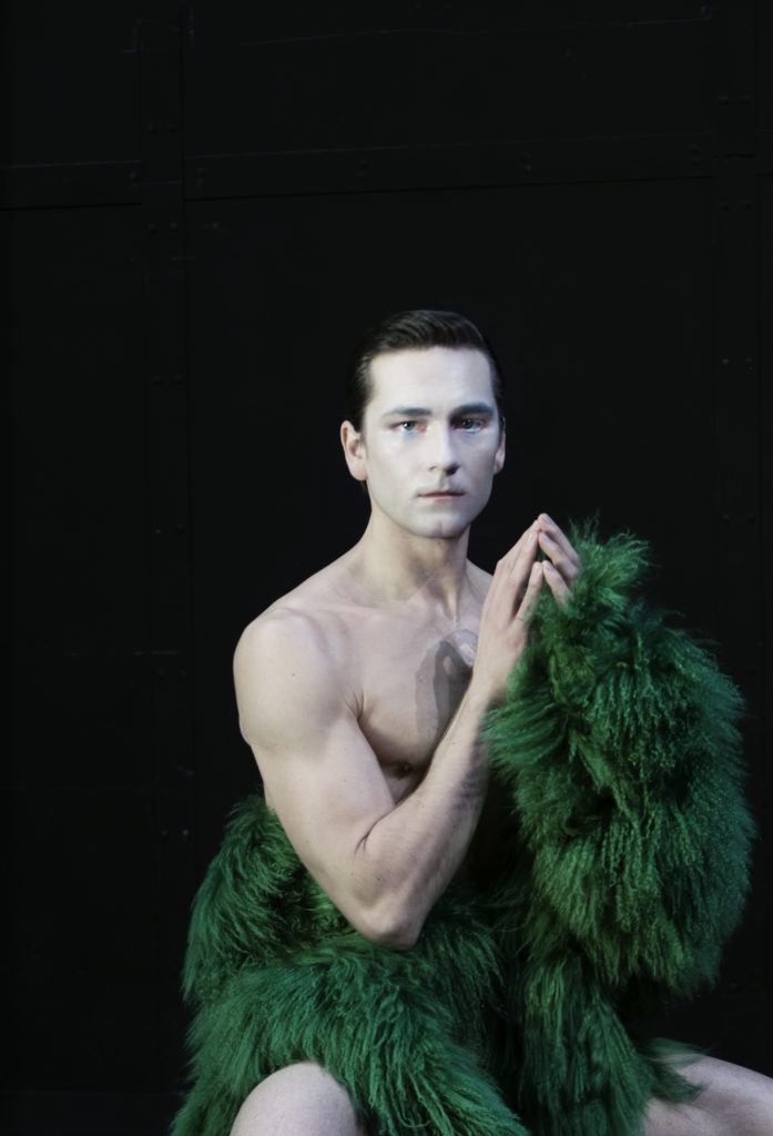 crash magazine photographer Alexandr make-up Hugo Villard