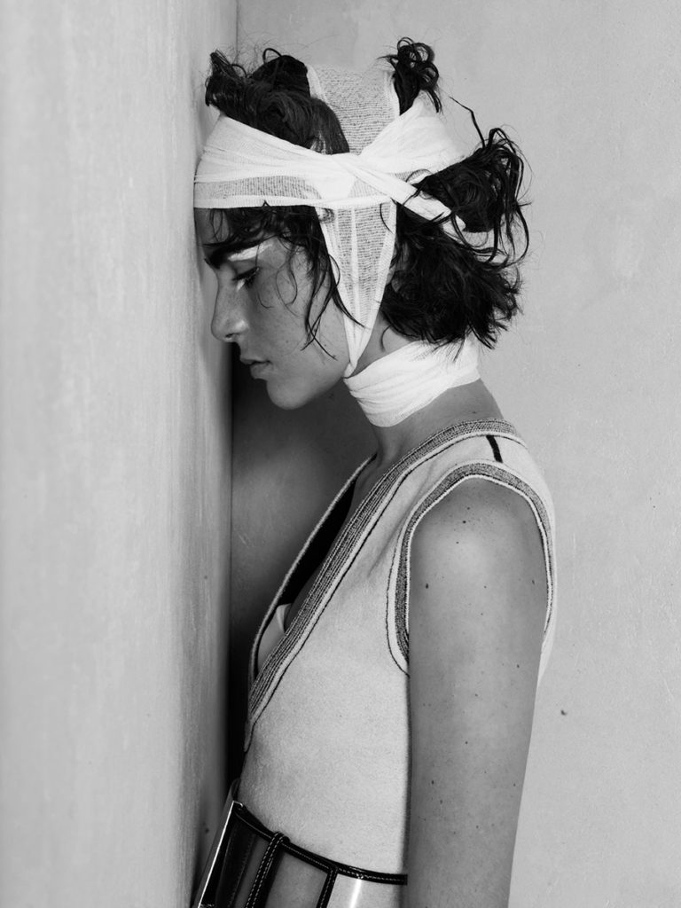 drew editorial hair Stefano Gatti make-up Sissy Belloglio editorial Woman