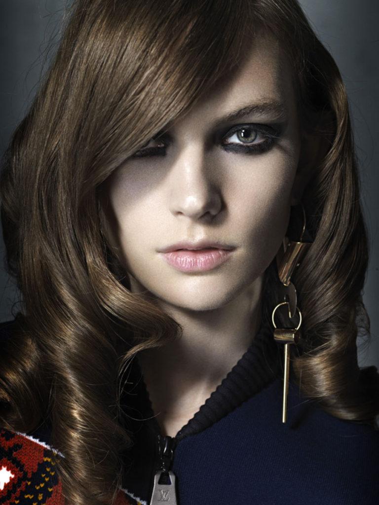 Io donna photographer Toni Thorimbert make-up Roman Gasser