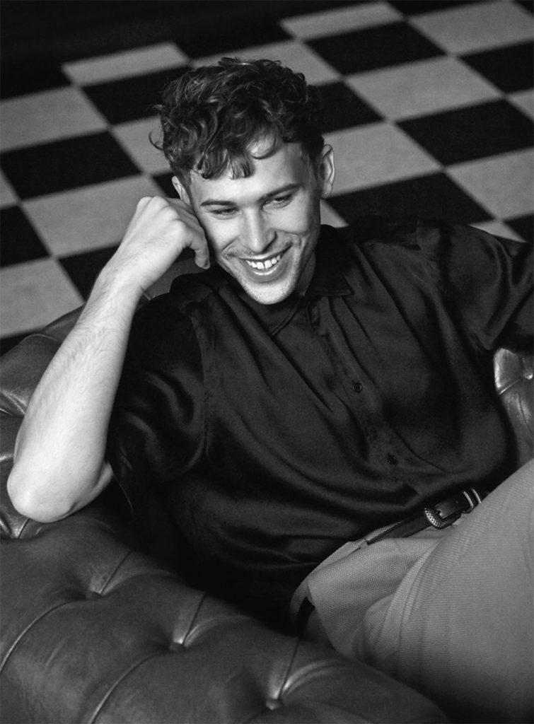 Vanity Fair men make-up Roman Gasser Tommy Dorfman