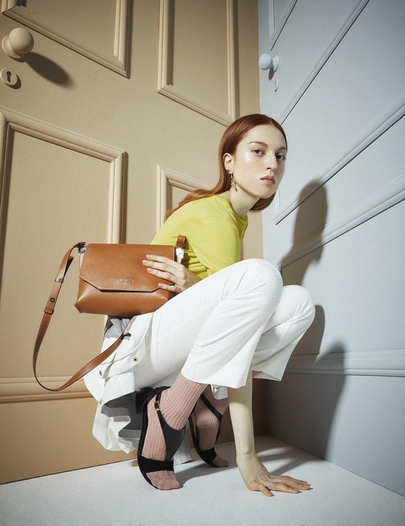 Vanity fair - italia - accessory - Photographer Simone Falcetta - make-up Karin Borromeo