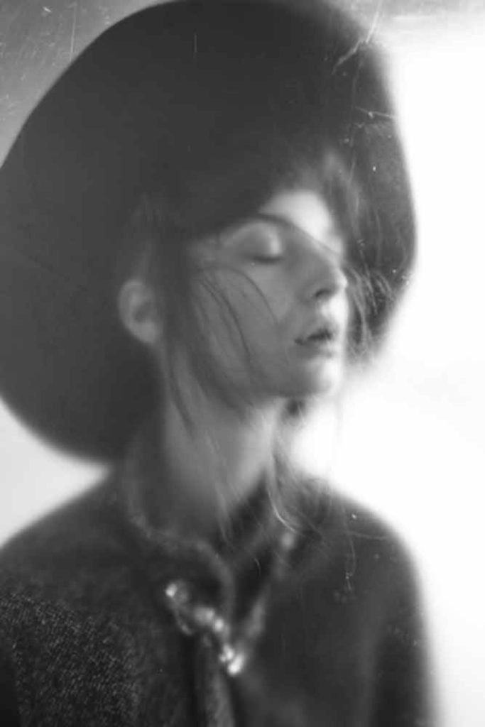 Inside - Photographer Roberto Covi - make up Karin Borromeo