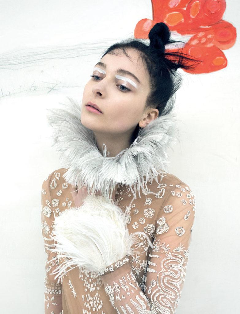 Italian Style China - magazine - Photographer Toni Thorimbert - make up Karin Borromeo