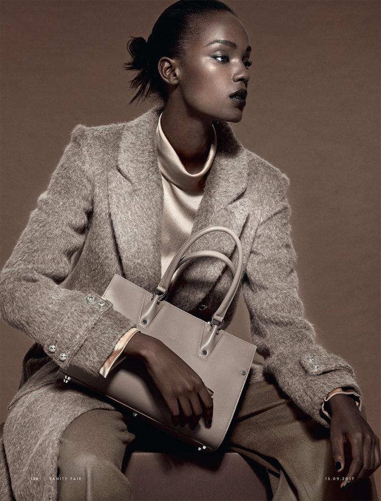 Vanity fair italia - accessory - Photographer Simone Falcetta - make-up Karin Borromeo