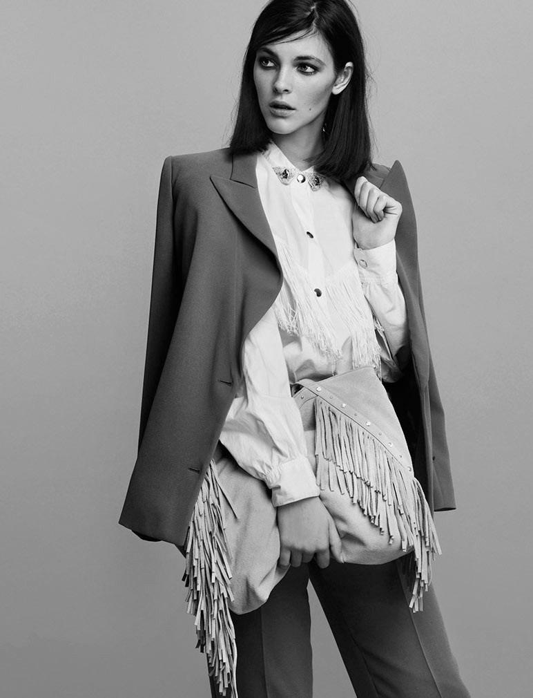 Gioia - magazine - Vittoria Ceretti - Photographer Jolijn Snijders - make up Sissy Belloglio