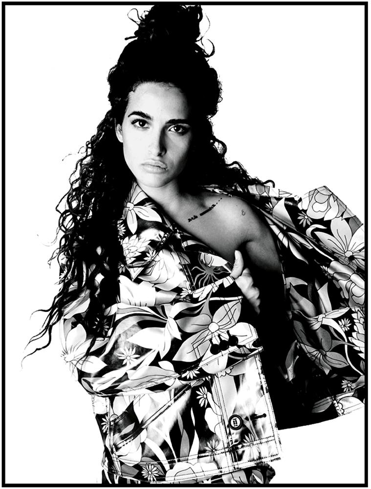 l'Office Italia - magazine - Photographer Francis Delacroix - Stylist Giulio Martinelli - Make Up Riccardo Morandin - Chiara Scelsi