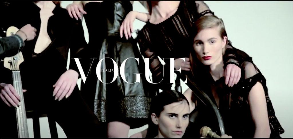 Fun & Sun in L.A. by Michel Comte | Fashion Story | May 2014 | Vogue Italia - stylist Giulio Martinelli