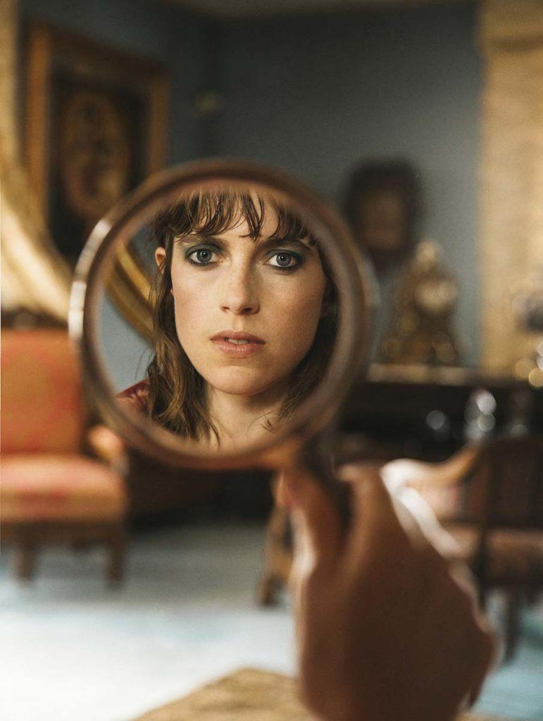L'officiel Ukraine - photographer Eleonora Adani - styling Giulia Meterangelis - make-up artist Augusto Picerni
