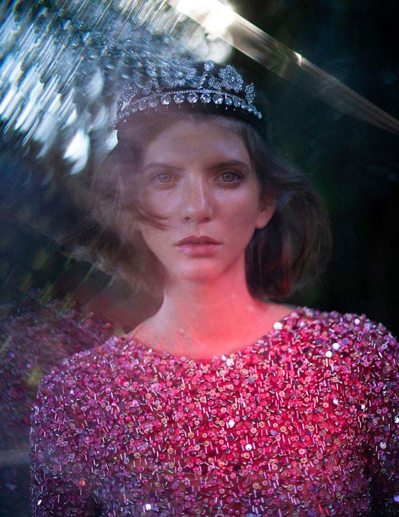 Vogue Portugal - Make-up Augusto Picerni - hair Marco Minunno - photographer Luca Meneghel - model Caterina Ravaglia