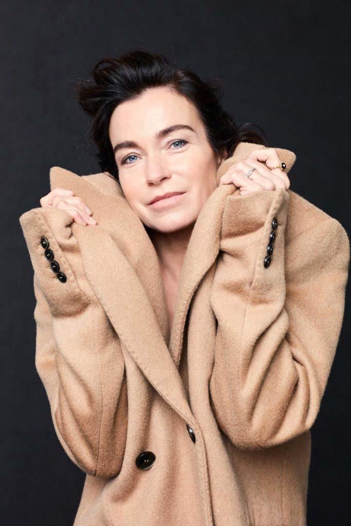 Io donna - Stefania rocca - photographer Nicola De Rosa - Stylig Ulrike Lang - make-up artist Roman Gasser