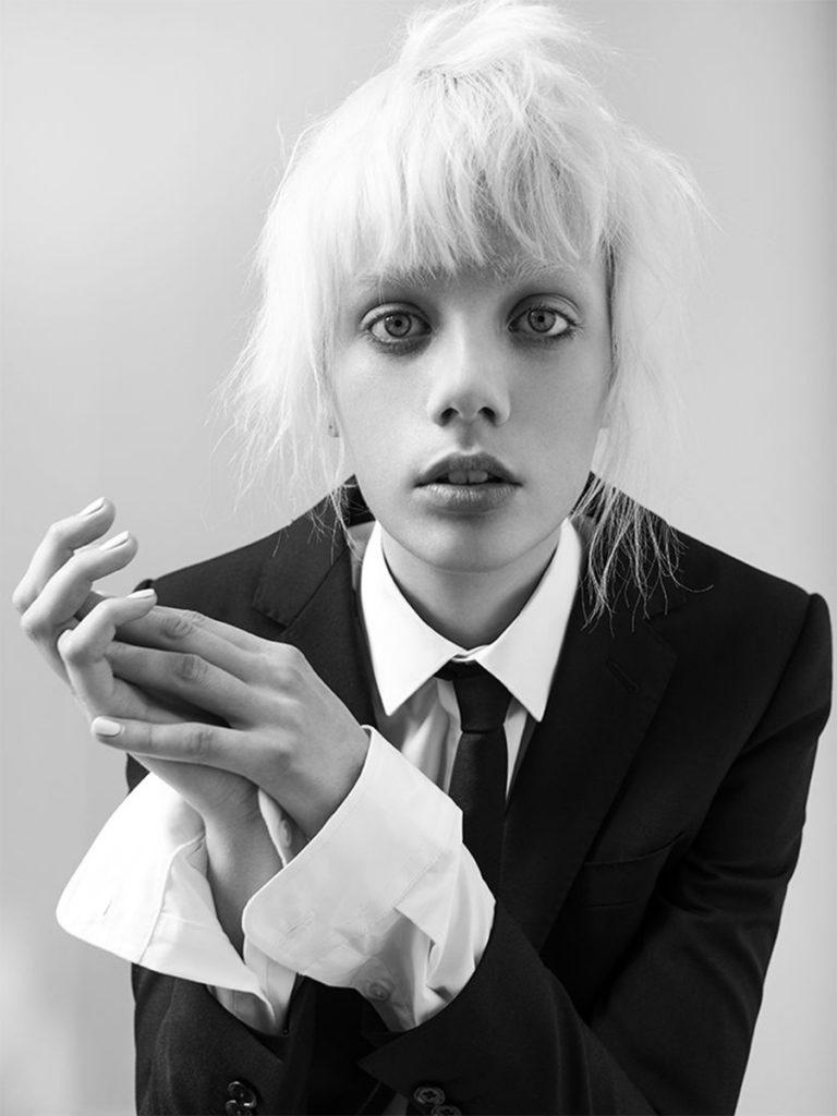 Marjan Jonkman - portrait - photographer Ricardo Gomes - styling Gaultier Desandre Navarre - make-up Giulio Panciera
