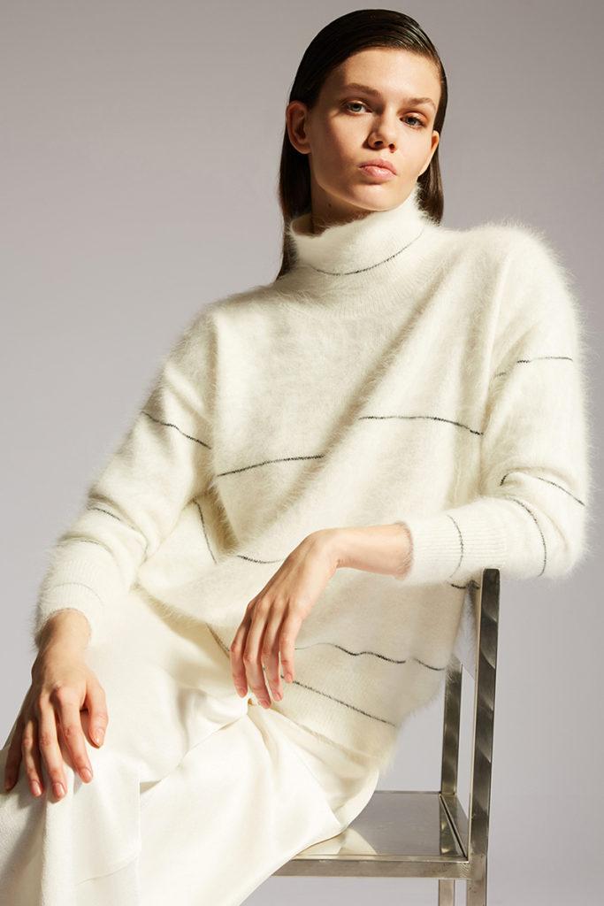 Lorena Antoniazzi - Fall 21 -styling Alessandra Corvasce - photographer Antonino Cafiero - Hair styling Francesco Avolio