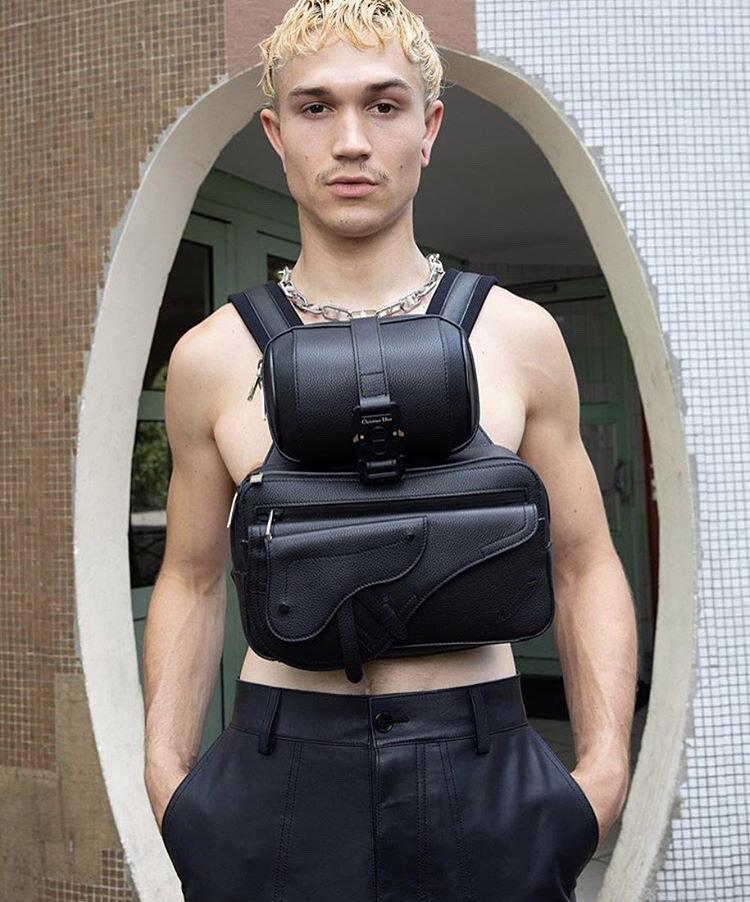 Garage magazine - photographer Nuck Sethi - make-up Giulio Panciera - WM-Artist Management - W-MManagement - Milano
