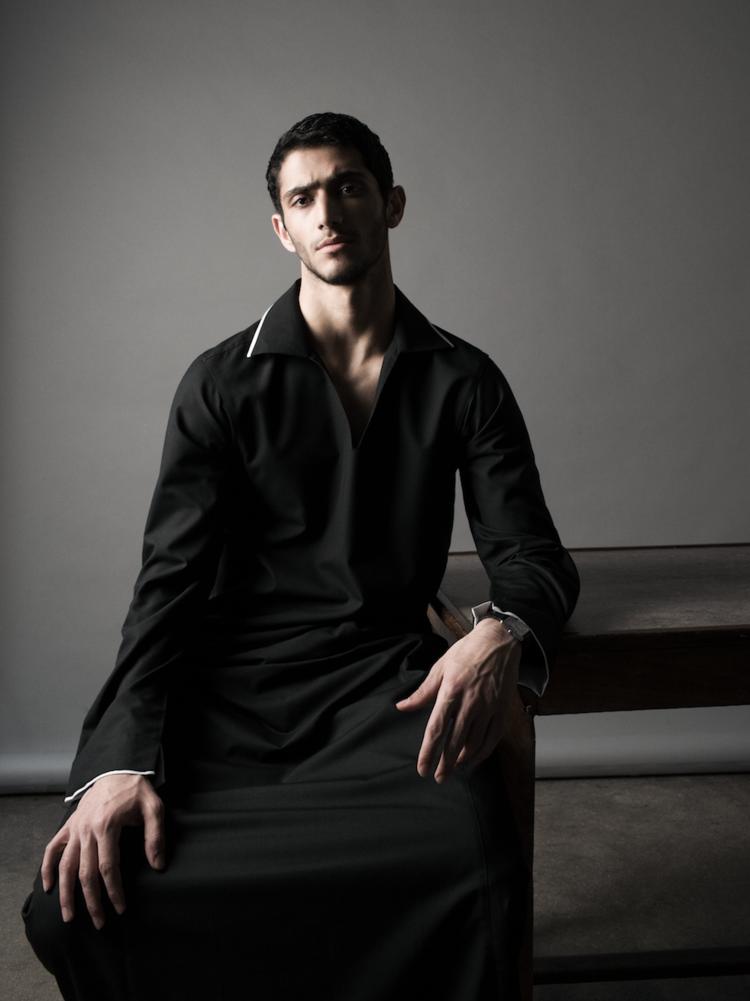 Vogue Arabia man - photographer Ricardo Gomes - Styling Gaultier Desandre Navarre - make-up Giulio Panciera - WM-Artist Management
