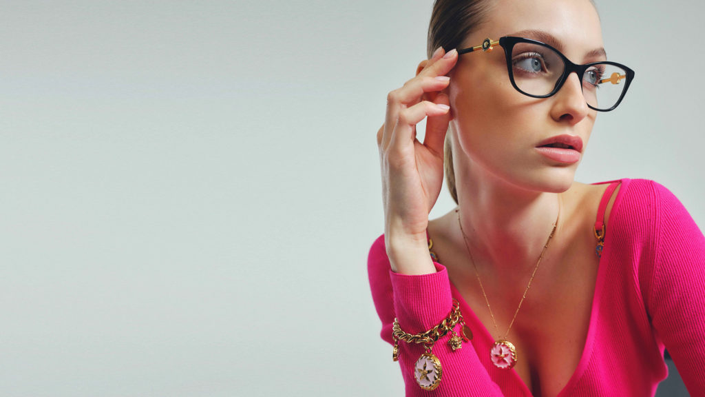 Vanity fair - versace eyewear - photographer Alessio Albi - styling Chiara Spennato - manicure Carlotta Saettone - WM-Artist Management - Milano