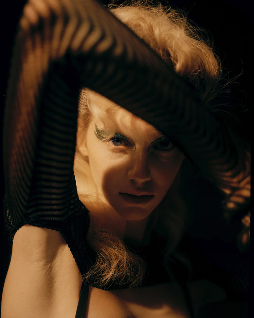 Faces magazine - photographer Antonio Dicorato - styling Giulia Meterangelis - hair Francesco Avolio - manicure Carlotta Saettone - WM-Artist Management