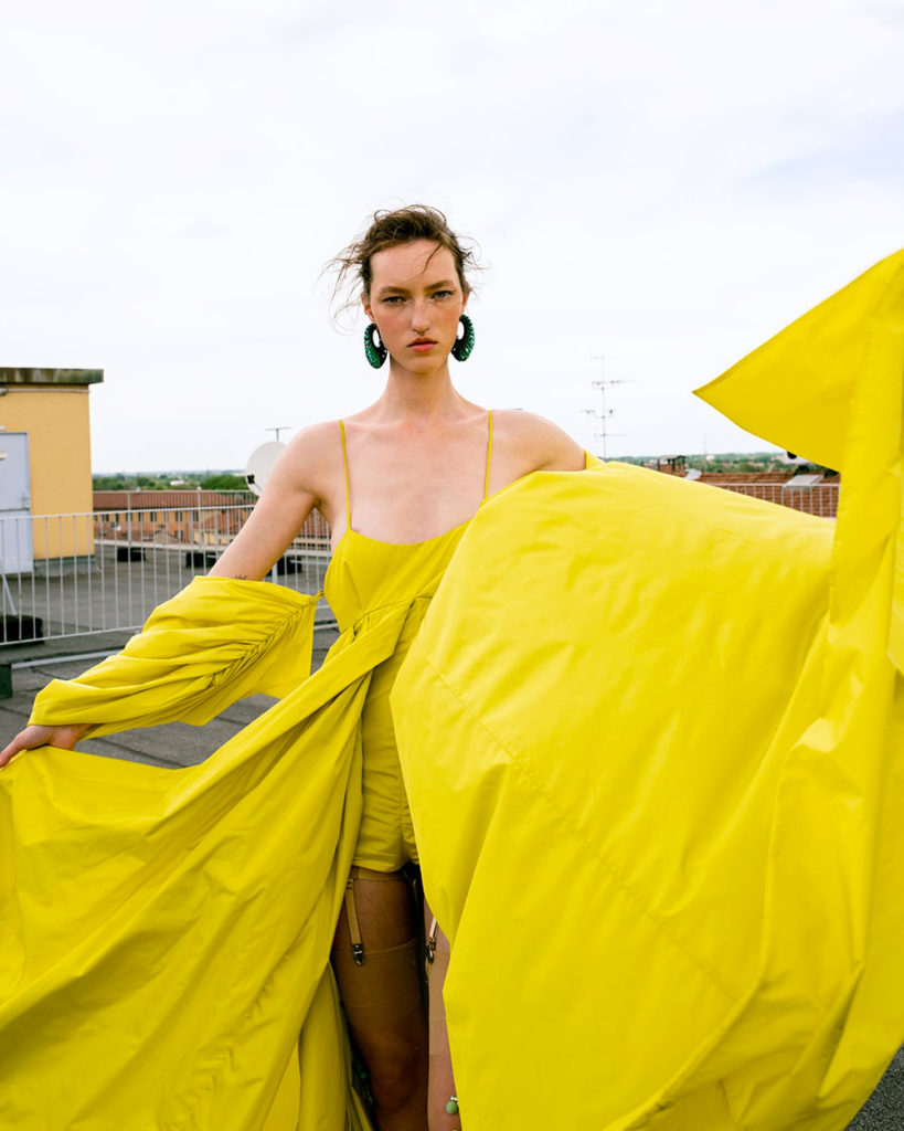 Puss puss magazine - photographer Alessandro Obinu - styling Giulia Meterangelis - hair Chiara Bussei - WM-Artist Management - W-MManagement
