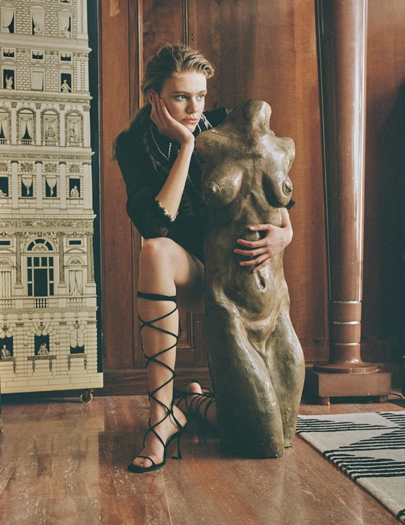 Design scene - photographer Stefano Sciuto - styling Emily Lee - hair Chiara Bussei - WM-Artist Management - W-MManagement