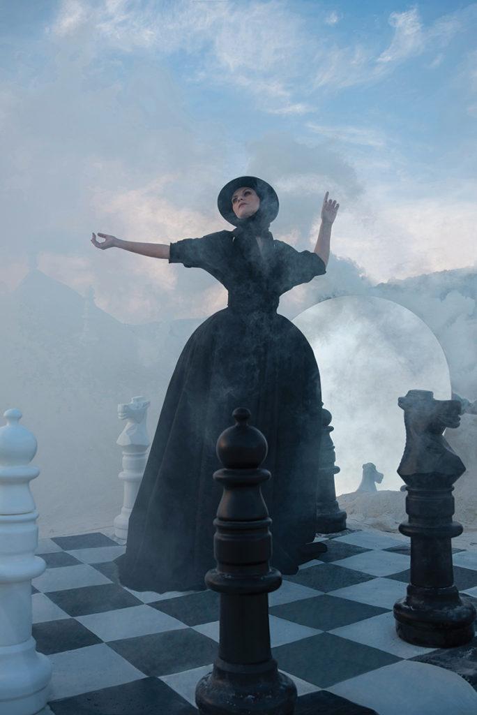 L'officiel Italia - Laura Pausini - photographer Nicholas Fols & Siermond -styling Giulio Martinelli - WM-Artist Management