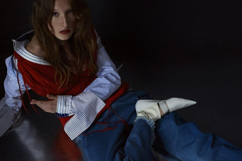 V magazine - photographer Sloan Laurits - photo - styling Luca Galasso - WM-Artist Management - W-MManagement - Milano - agency