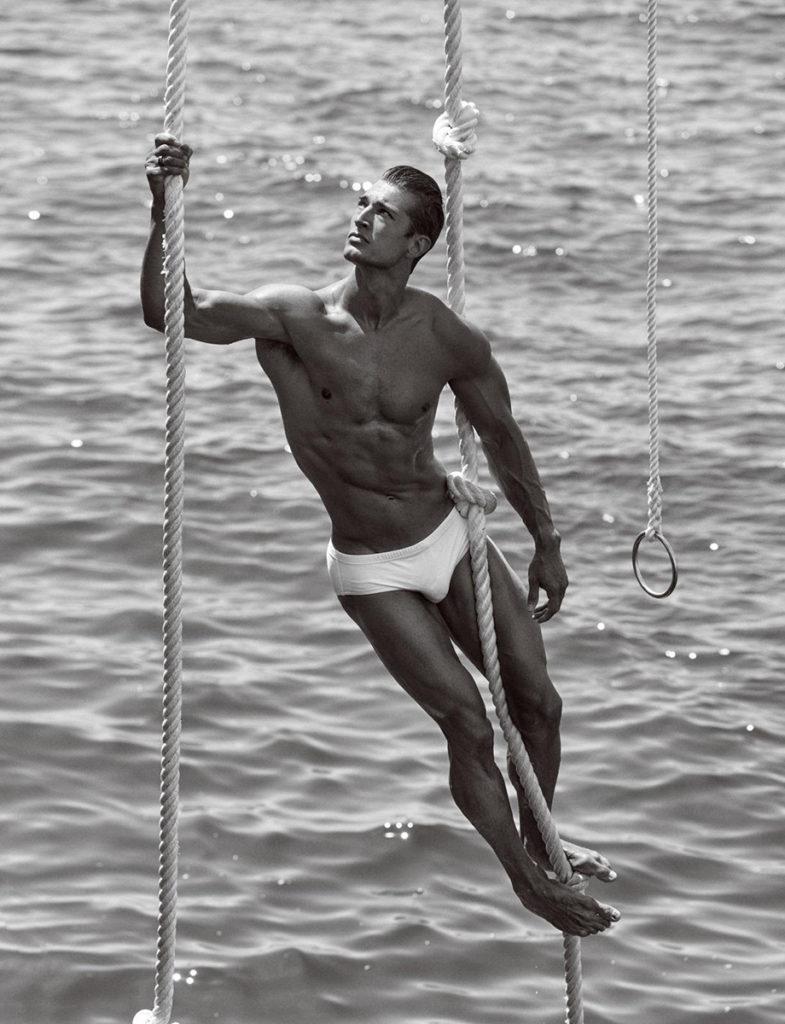 Man About Town - photographer Bartek Szmigulski - styling Andrea Colace - wm-artist management - W-MManagement - Milano