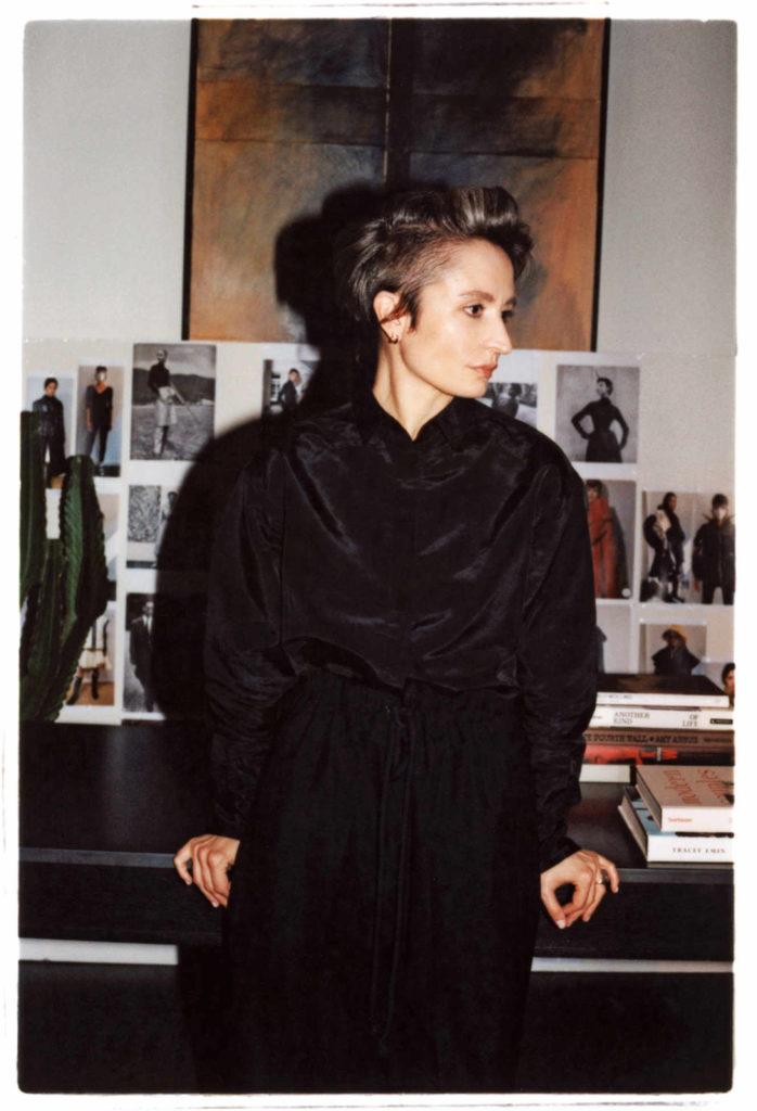 M le magazine du monde - Veronica Leoni - photographer Valentin Hannequin - makeup Roman Gasser - WM-Artist Management